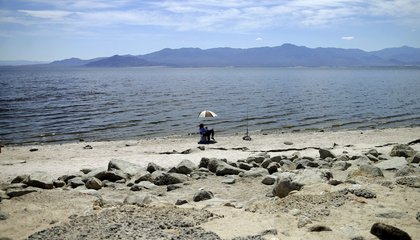 Image: California plans to stop shrinkage of its largest lake